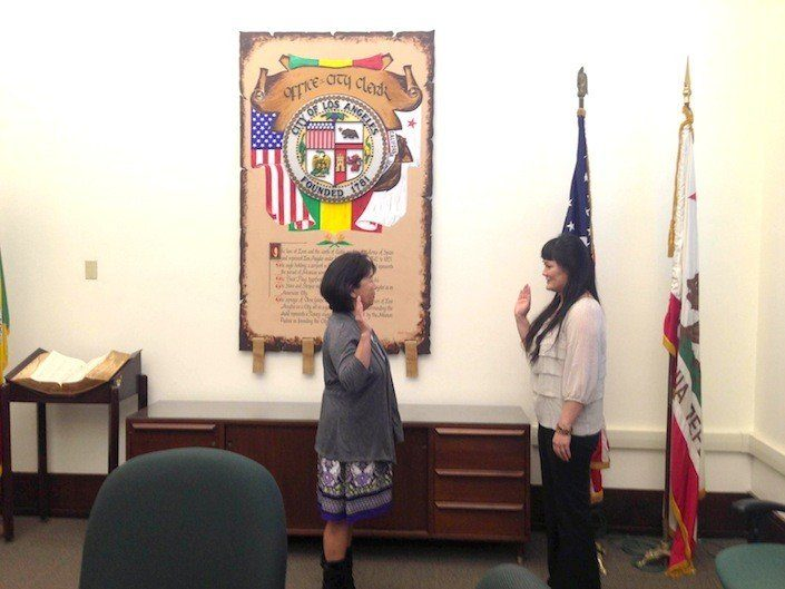 Grayce-Liu-is-being-sworn-in.