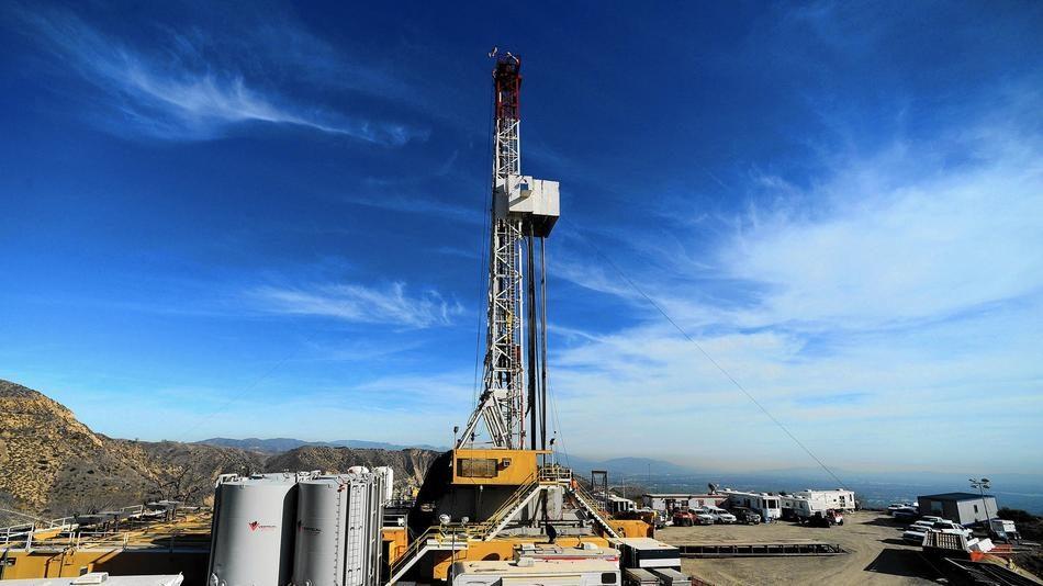 la-apphoto-california-gas-leak-jpg-20160320.jpg